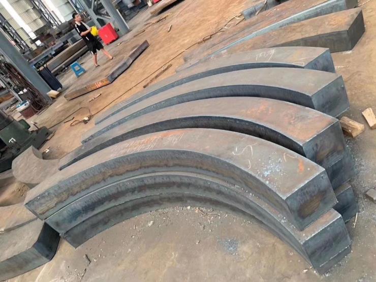 钢板切割轴承座法兰,圆板按图切割方块,机械结构件等