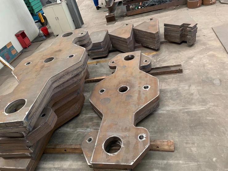 大连中厚钢板切割特厚钢板材下料零切全国发货