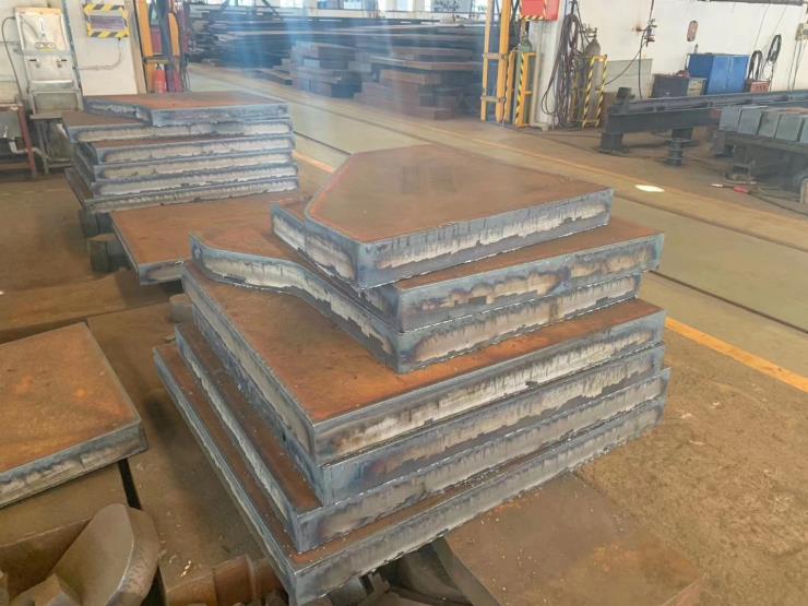 6-550mm厚鋼板零切下料鋼板材質豐富可提供材質報告