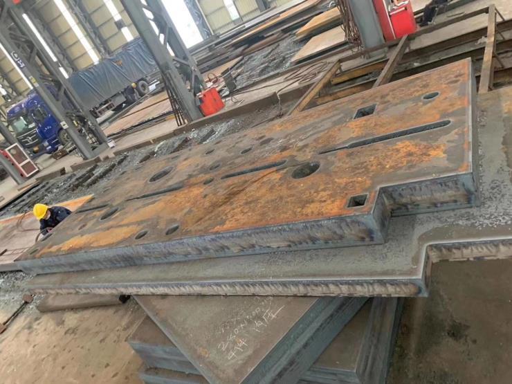 河北中厚钢板切割下料按图按尺寸定制材质丰富规格齐全