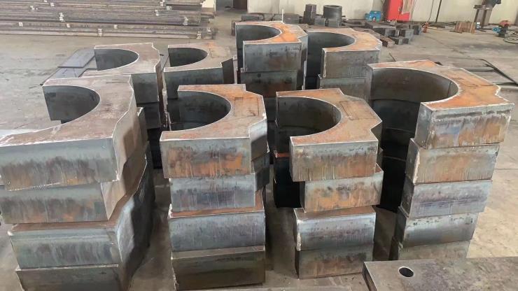 上海中厚钢板切割图形件,按尺寸要求定制切割下料