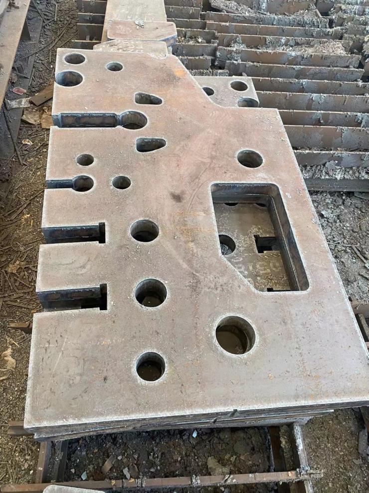 Q345R Q245R容器钢板切割6-200mm厚现货下料