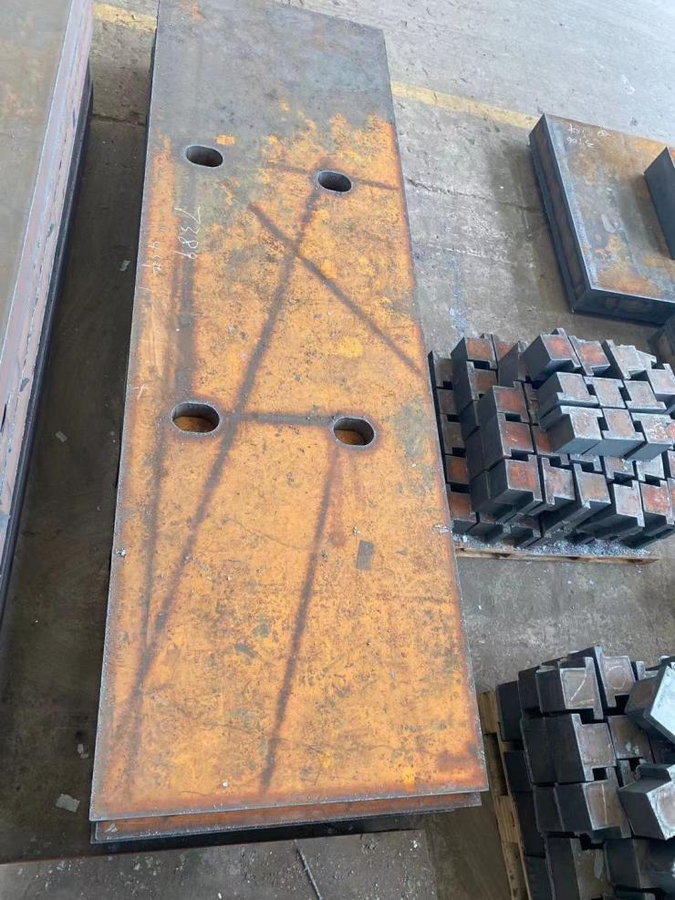 q235b中厚钢板切割q355b低合金锰板切割45钢碳板按图下料