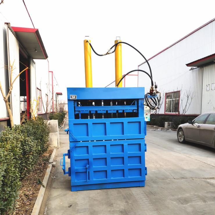 上海200吨 150*100*100垃圾压缩站用压缩垃圾桶废金属