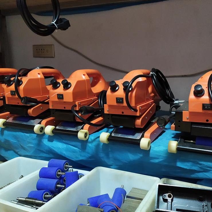 河南安阳进口爬焊机价格 防渗膜自动焊接机