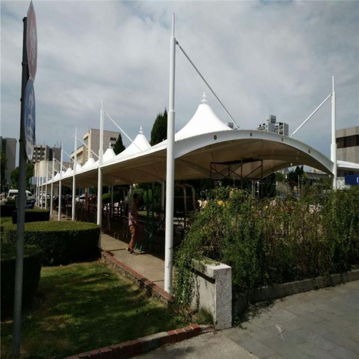 河北区公交车站经济性膜结构停车棚的膜厂家