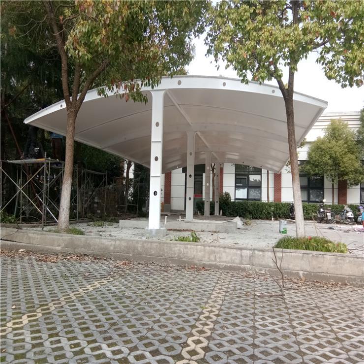 河西区膜结构停车棚收费站耐用膜结构 停车棚价格