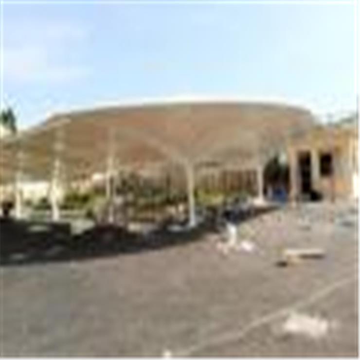 崇文区膜结构停车棚办公楼耐用膜结构停车棚安装介绍