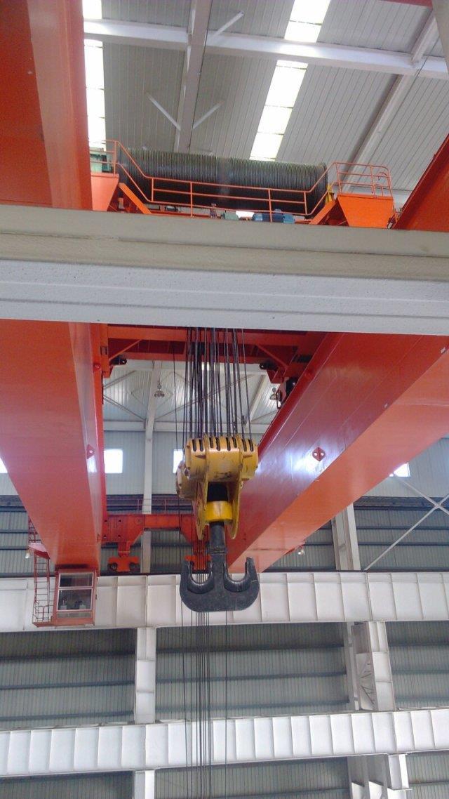 合陽縣礦山用10噸19.5米LB型門式起重機