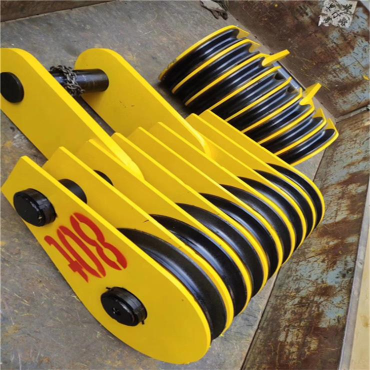 天津50T电动葫芦轮胎起重机悬臂起重机公司