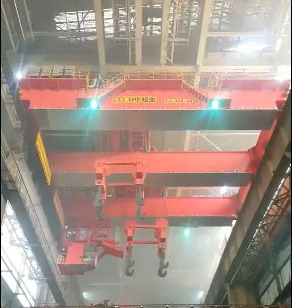 武穴梁場提梁機:衛華100+100噸梁場提梁機