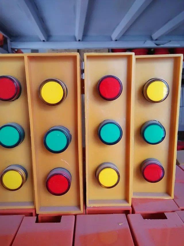 安丘市智能起重机QC型16-3.2-32/5t电磁桥
