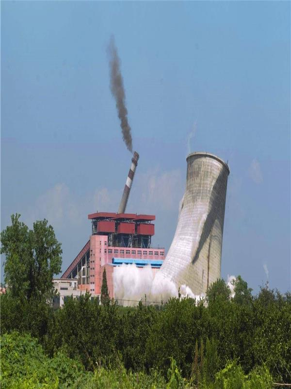 阿克苏专业烟囱拆除公司