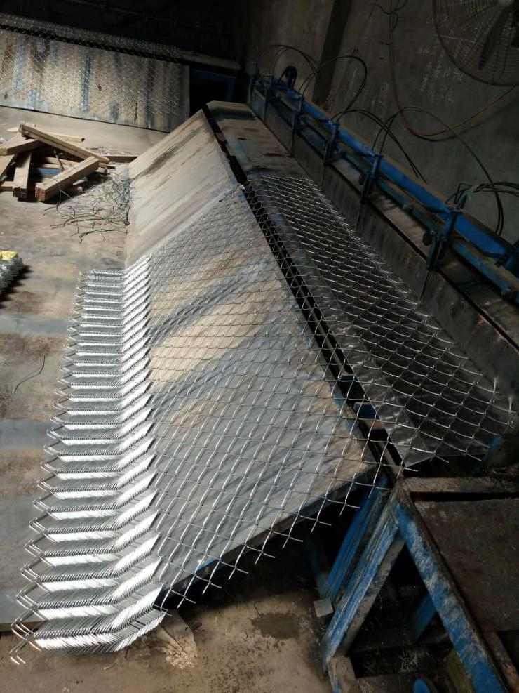 鹰潭护坡铁丝网生产厂家边坡植草铁丝网