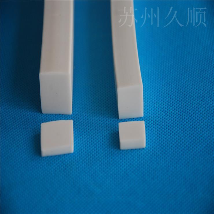 硅膠方形實心防水耐磨損耐高溫密封條