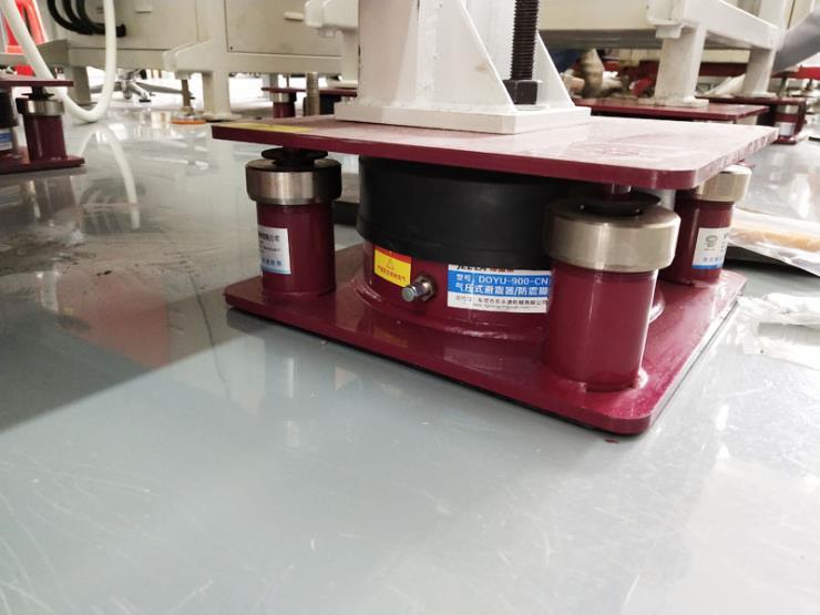 裁切机防震装置 吸塑液压机避振脚 找东永源