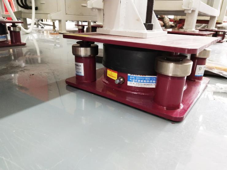 立式注塑机隔震垫,无纺布模切机防振气垫 气压式避震器