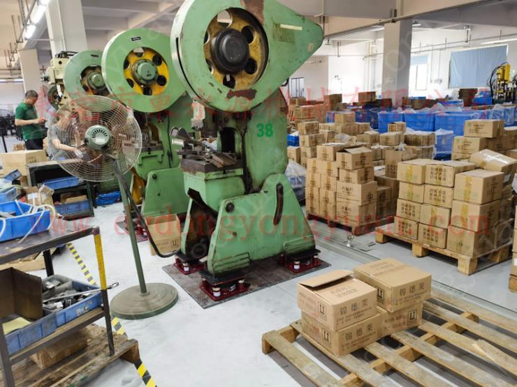 工業風機減震器,主動隔震氣浮減震器 找東永源