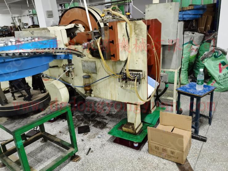 印刷機避震器,立式水泵減震器 選錦德萊