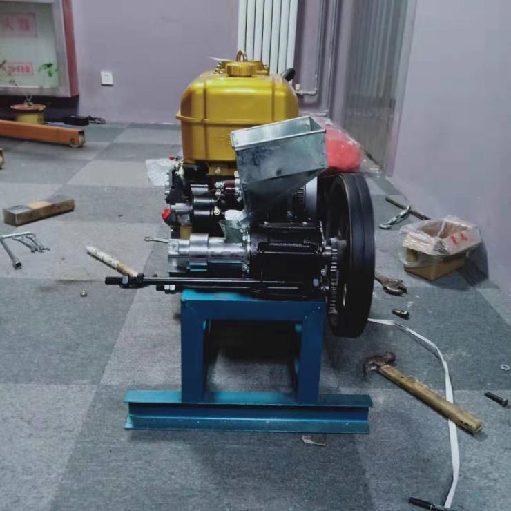 40型玉米膨化机 铭途膨化机 40型小型空心棒机