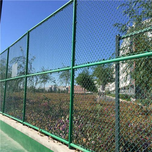 达创体育公园河池足球场地围网