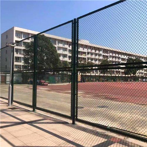 井陉矿区达创体育篮球场草绿色足球场地围网施工方案