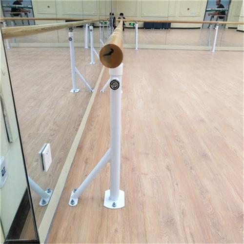 東城區達創體育訓練室使用時間長健美壓腿把桿一拖二舞蹈把桿
