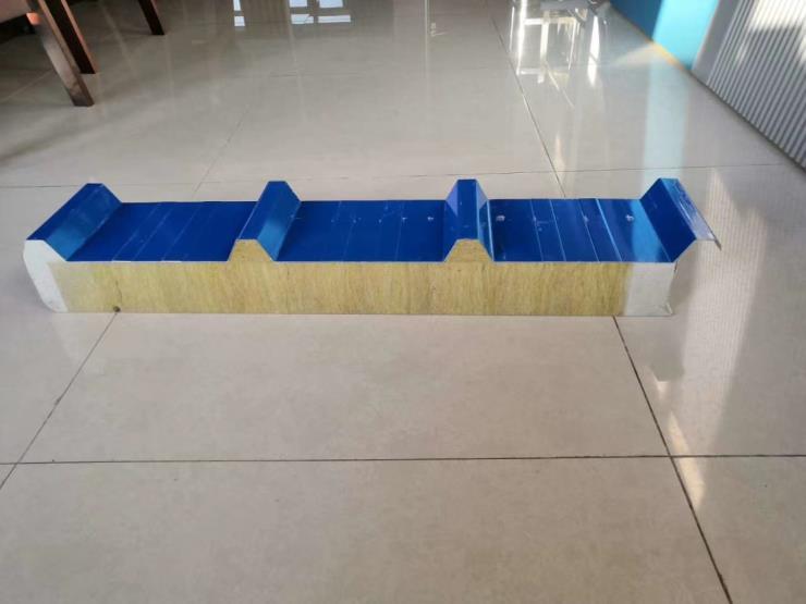 湖南聚氨酯瓦楞板-环保型复合板