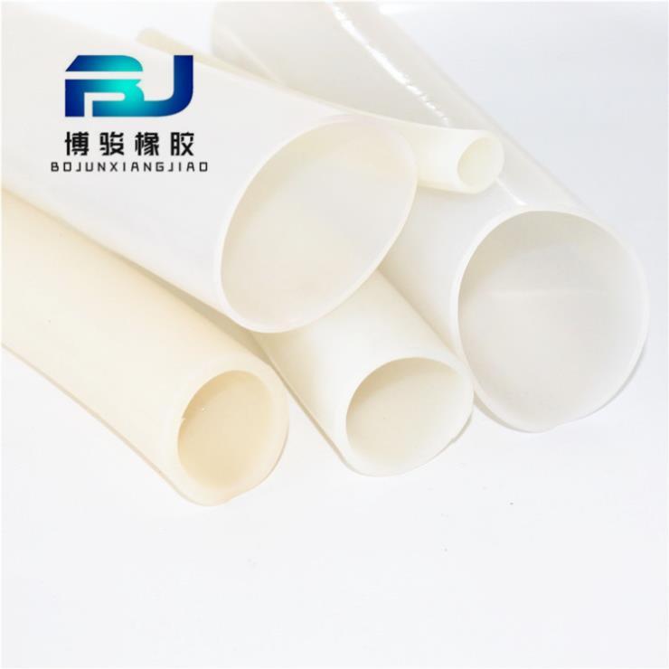 廠家供應 硅膠制品 大口徑硅膠管