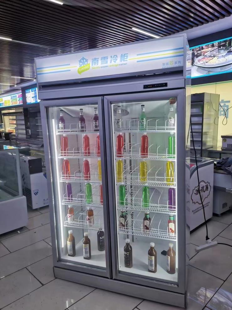 供应广西梧州两门饮料柜厂家直销拒绝中间商